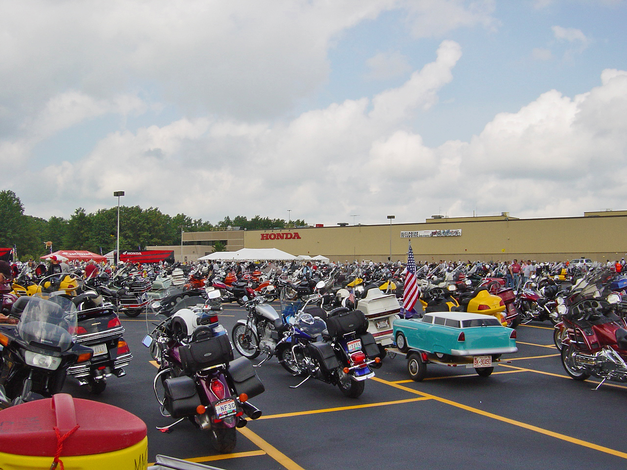 Motorcycle homecoming at Honda in Marysville in 2005